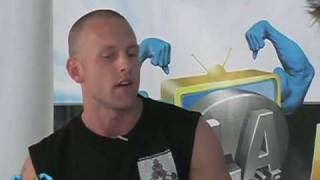 Rob Riches Interviews Famous Celeb Trainer Aaron Savvy!