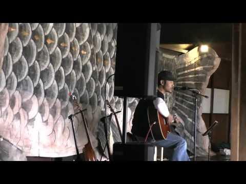 高山市 「飛騨の里」 ~ギター弾き語り アルプスの男たち~