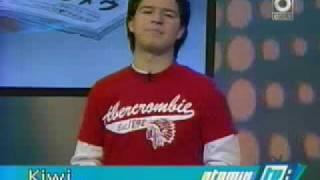 Video de un muy joven Akira Reiko en ATOMIX TV