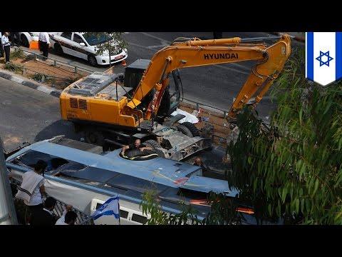 Israel Gaza conflict 2014: Palestinian in excavator rams bus, kills Israeli pedestrian