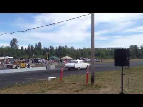 34' FORD PICKUP HEMI VS DODGE DART BILLETPROOF ERUPTION DRAGS TOUTLE, WA 2013
