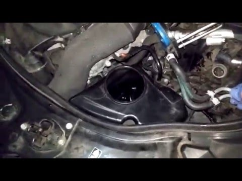 How to replace a mercedes benz headlight bulb how to for Mercedes benz headlight bulb