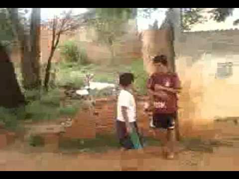 Juninho Apanhando Do Anderson video