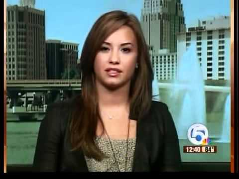 0 Demi Lovato, Disney Star, Enters Rehab Today