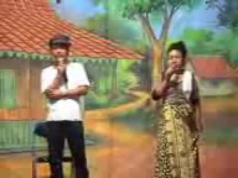 Lenong Betawi Malih Tong-tong Vs Bolot video