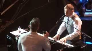 "Gary Barlow & Robbie Williams + Gary singing ""Shine & Rule the World"" @ Royal Albert Hall 27.11.2012"