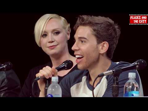 Fan Favorites Comic Con Panel - Gwendoline Christie. Misha Collins. Colin O'Donoghue. Sam Heughan