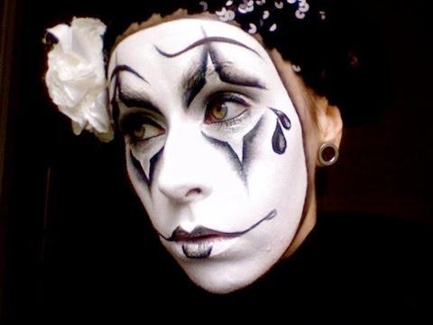 Pierrot Clown Face Painting