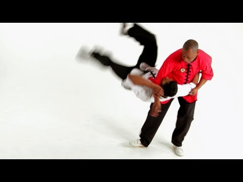 How to Do Tiger & Crane Self-Defense | Shaolin Kung Fu Image 1