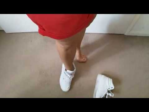 Sockless shoepley - Her Reebok Freestyle