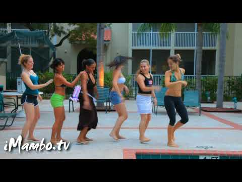 Madagascar - I Like To Move It - Dance Performance At The Pool Party video