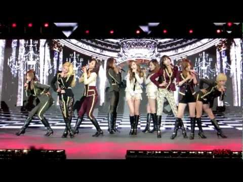 Girls' Generation (snsd) - Live At The Verizon Amphitheater In Irvine Ca 11 10 12 (complete) video