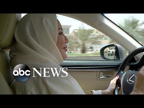 Download  Women in Saudi Arabia now allowed to drive after longstanding ban lifted Gratis, download lagu terbaru