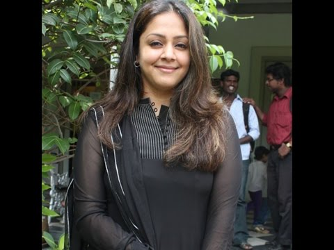 Officially Confirmed Jyothika Is Back In Malayalam Tamil Remake With Surya || How Old Are You video