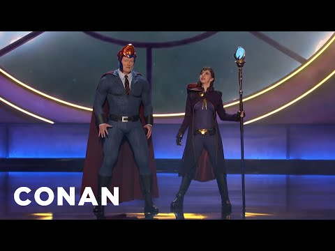 download lagu Conan's Nemesis Kristen Schaal Invades #ConanCon - CONAN on TBS gratis