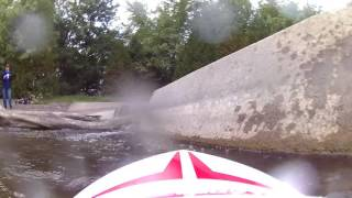 Thrasher RC jet boat bash crash under water look with self righting system crash at 8:50
