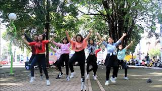 [K-POP DANCE IN PUBLIC CHALLENGE] MOMOLAND - Bboom Bboom by COMA CREW from INDONESIA