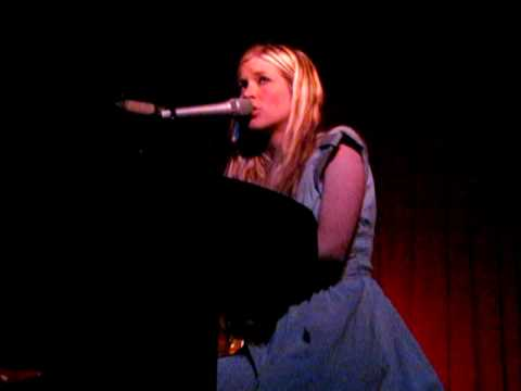 Charlotte Martin - Dust