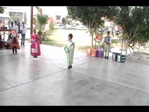 Bailable las vocales, alumnos 1er. grado Esc. Jesus del A. Acevedo