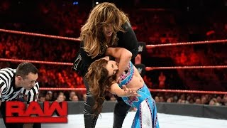 Sasha Banks vs. Mickie James vs. Alexa Bliss vs. Nia Jax - Fatal 4-Way Match: Raw, April 17, 2017