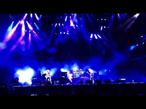 The Killers - Somebody Told Me Entrance FULL SONG HD - V Festival - Front 17 August 2014
