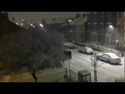 Snow Storm/ Blizzard, Woodgreen, North London, Uk Weather Share (Feb.4th.2012)