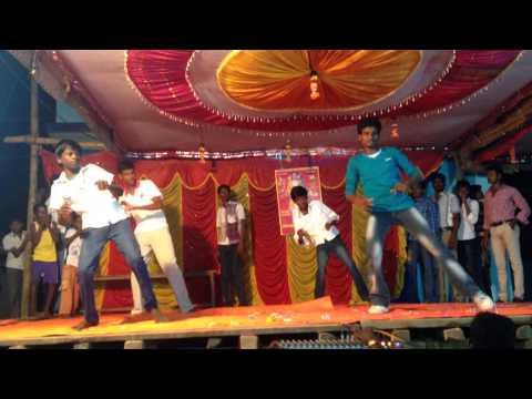Kallipatti Kumbabishekam Stage Dance. video