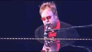 ELTON JOHN - SKYLINE PIGEON - LIVE (HQ-856 X 480)