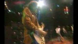 Watch Black Crowes P.25 London video