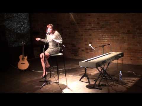 Наталья Коротылёва читает стихи Ивана Смирнова
