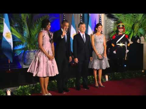 Obama y Macri y 400 invitados cenaron en el Centro Cultural Kirchner