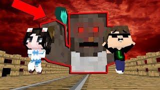 CÙNG CHƠI TRỐN TÌM VỚI GRANNY TRONG MINECRAFT !!! ft Mèo Simmy , JackVN , MK Gaming