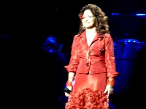 Gloria Estefan - Regresa a mi