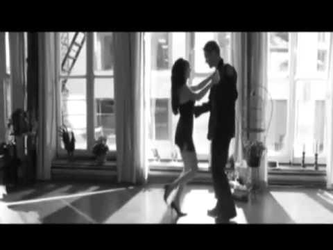 Penelope Cruz Sexy Salsa    (sonara Carruseles-salsa Micaela) video