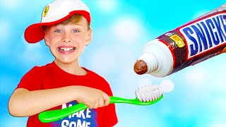 अली ब्रश करने वाले दांत - फिंगर फैमिली गाने के साथ रंग जानें