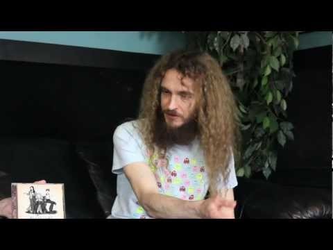 Guthrie Govan interviews with David Lowry of