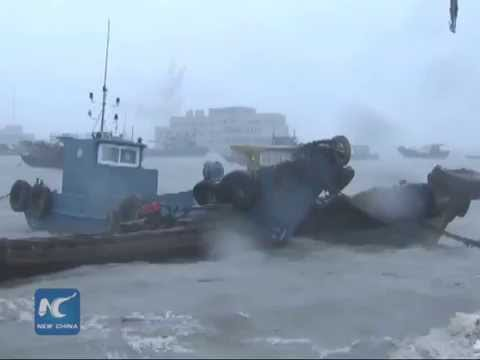 Typhoon Mujigae ravages South China