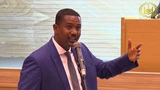 15 Ministre de la santé Dr DJAMA ELMI OKIYEH