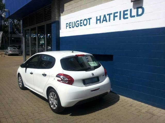 2015 PEUGEOT 208 1.2 VTi ACCESS 5DR Auto For Sale On Auto Trader South Africa