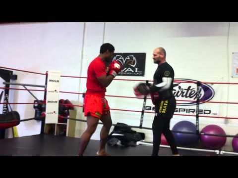 Muay Thai and Boxing Focus mit drills:SPEED,ACCURACY-SHAZAM! Image 1
