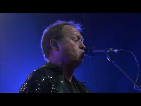 Level 42 - Hot Water Live