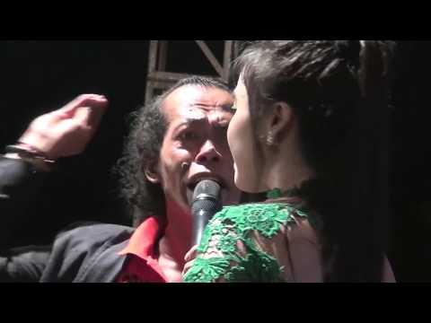 Maafkanlah   Voc  Rere Amora ft Sodik MONATA LIVE PEMALANG 2017