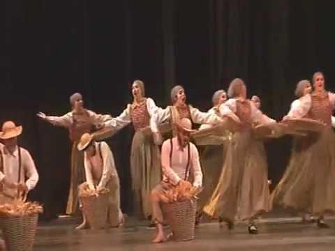 Grupo Folclórico Ítalo Brasileiro Nova Veneza - 32º Festival de Dança de Joinville 2014