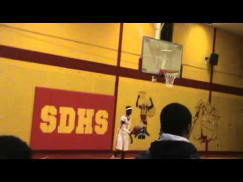 Yazoo County High School(Mississippi)Juniors SHATTERS backboard on dunk!