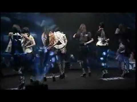 7 Icons - Playboy Mix version Baliness Dance @ Gangnam Concert (10 Desember 2012)