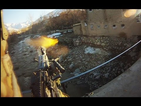 M249 SAW GUNNER FIREFIGHT | FUNKER530