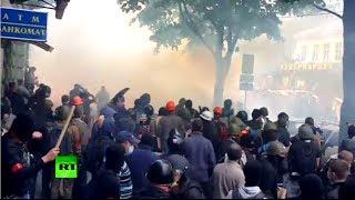 Brutal video: Molotovs, stun grenades in (UkrainE)  5/2/14