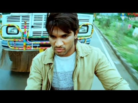 Varudu Scene - Lorry Chasing Sandy To Kill Him - Allu Arjun, Arya - Hd video