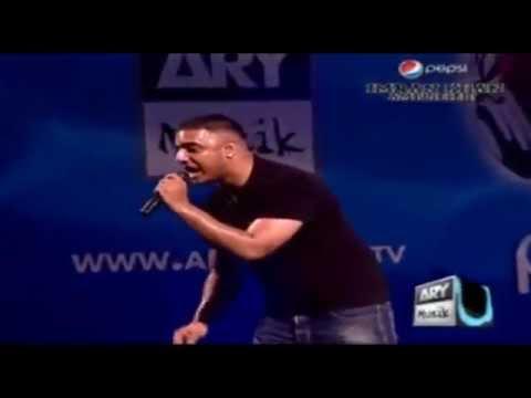 Imran Khan Singing Live Qott Ghusian Da (Karachi - Pakistan)...