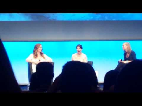 Panel Emilie De Ravin - Rebecca Mader Fairytale Convention Ii Sunday video
